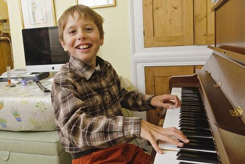 Джейми Робертсону сейчас 11 лет