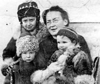 Елизавета Скобцова с детьми. Сербия