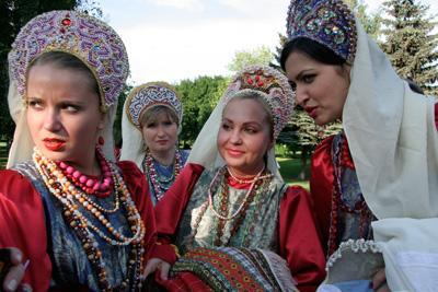 свадебное платье в русском народном стиле.
