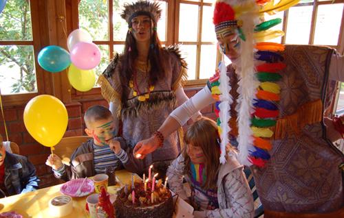 Сценарий дня рождения с индейцами