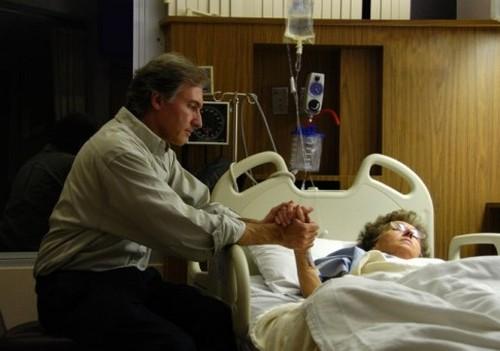 Уход за тяжелобольными пациентами в стационаре и на дому