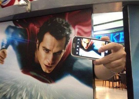 Super+selfie+man_a2d193_4650173