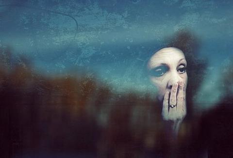 Спираль душевной боли: депрессия матери