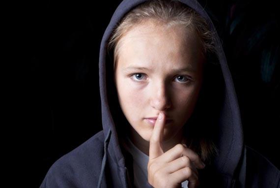 Expat-child-problem-stress-depression-self-harm-e1421274895814