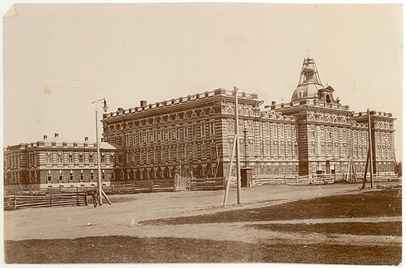Elabuzhskoe_eparhialnoe_zhenskoe_uchilishe,_1890-e