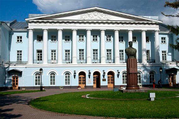 ekaterininsky-dvorets-0