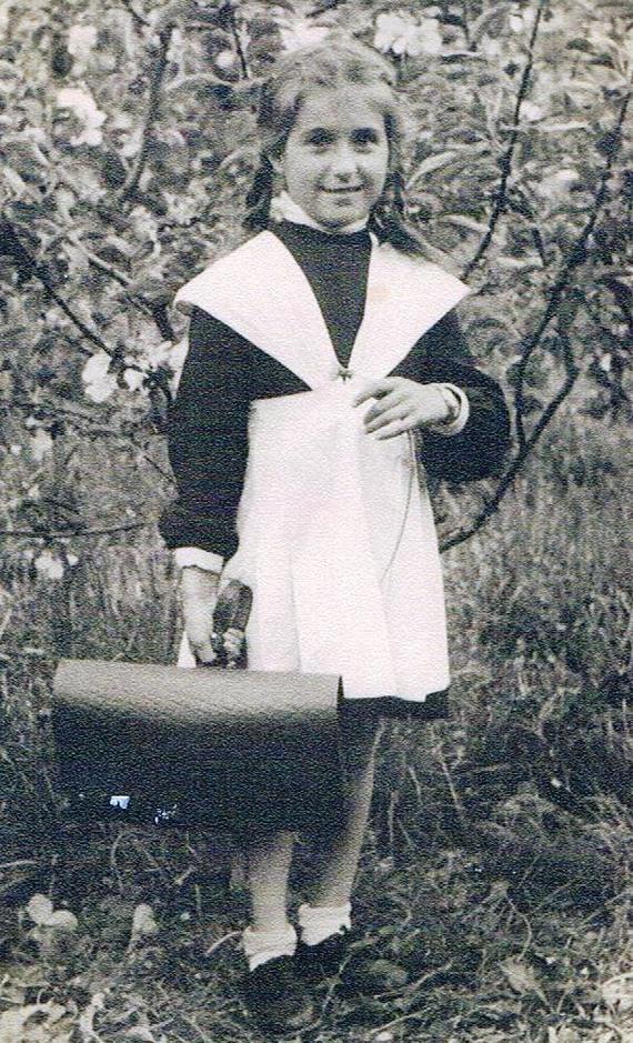 Юлия Тараповская%2C Берлин 1948