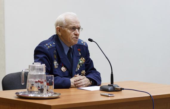 151203 Встреча с космонавтом Валентином Петровым IMG_2633