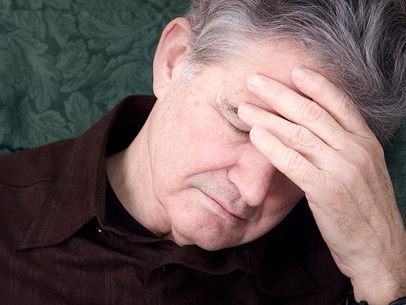 is_150331_depression_headache_800x600