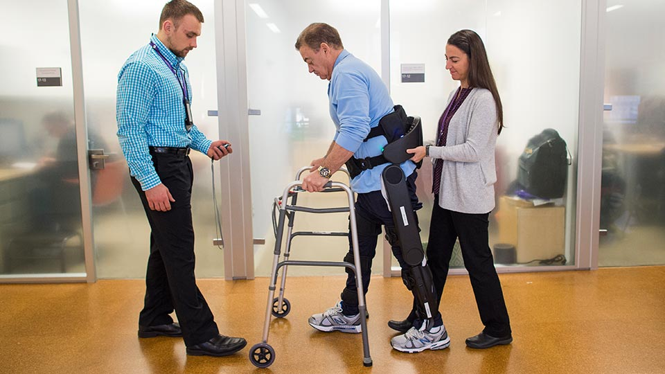 rusk-rehabilitation-patient-with-spinal-cord-injury