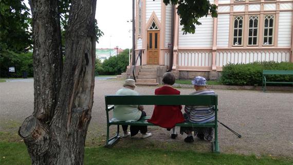 mummu vanhuus ystävyys vanhus