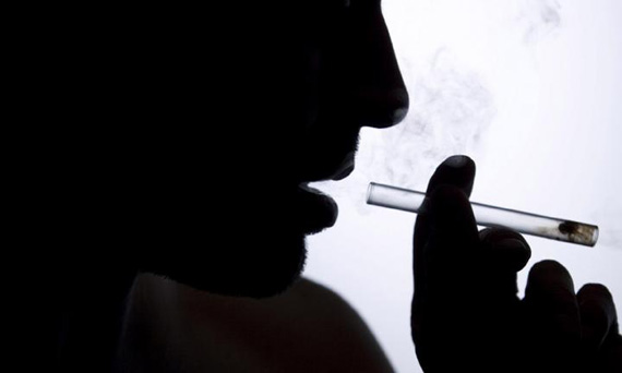 generic-photo-of-a-drug-addict-ice-meth-picture-istock-20160728140708-jpg-q75-dx720y432u1r1gg-c