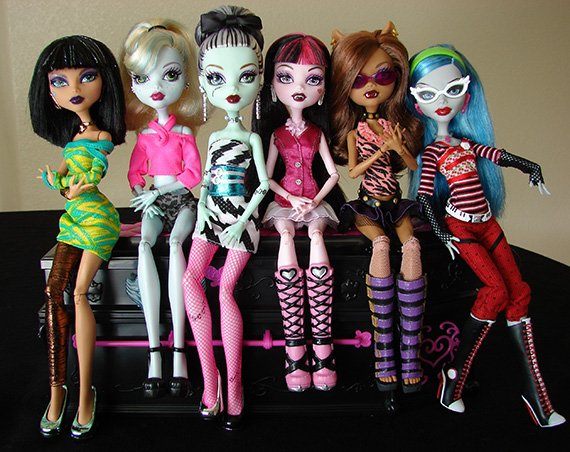 m-concept-monster-high-plush-doll-with-blanket