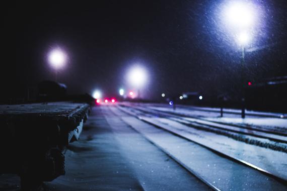 zima-sugroby-sneg-poezd-1