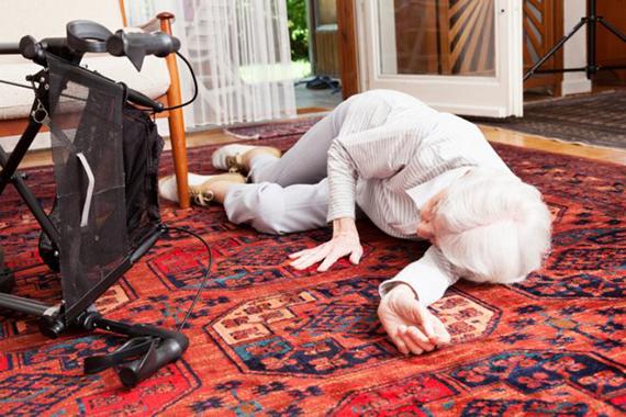 Эндопротезирование при переломе шейки бедра – варианты лечения в старшей возрастной категории.