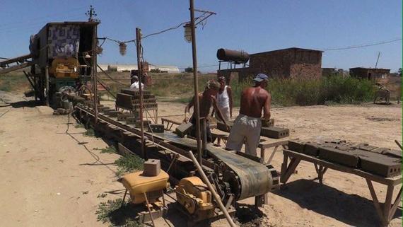 марке дагестан кирпичный завод рабы фото причинах