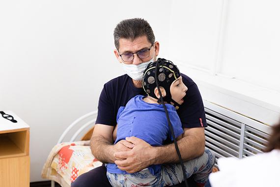 Михаил с сыном Кириллом